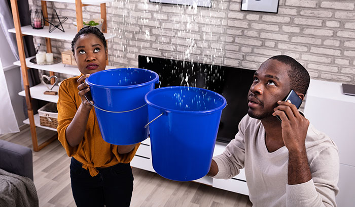 5-Signs-You're-Dealing-with-a-Water-Leak-in-Your-Home